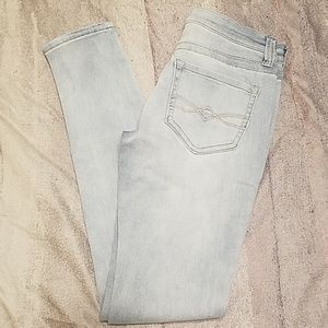 Mudd skinny fit light wash jeans sz 3